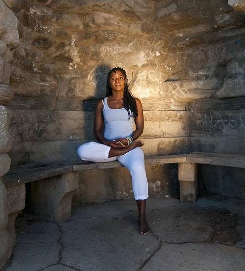 Fatoumata Flow Vinyassa Yoga