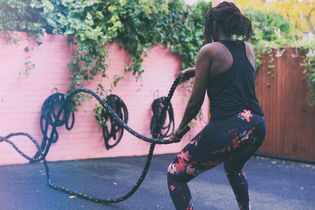 battle ropes outdoor exercise